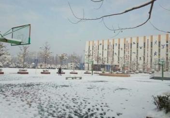 雪景中的桃州中学
